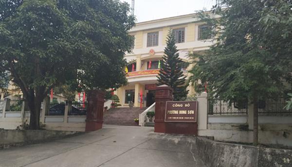 Trụ sở UBND phường Đông Sơn, nơi xảy ra sai phạm đền bù GPMB. Ảnh: Lam Sơn.