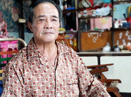 Ông Hưng sống tại căn nhà cũ ngay chợ Kim Biên. Ảnh: Hải Duyên.