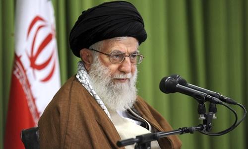 Lãnh tụ tối cao Iran Ayatollah Ali Khamenei ở Tehran tháng 10/2017. Ảnh: Reuters.
