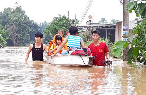 Đồng Nai ngập nặng do mưa lớn kết hợp thủy điện xả lũ