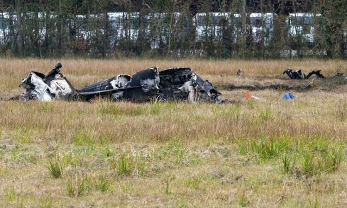 Xác máy bay tại hiện trường ở Lafayett, bang Louisiana. Ảnh: Lafayette Advertiser.