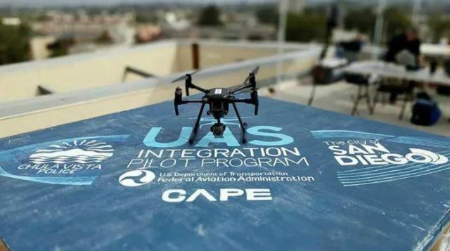 Cảnh sát Chula Vista mua hai thiết bị drone do hãng DJI (Trung Quốc) sản xuất. Ảnh: Chula Vista Police Department.