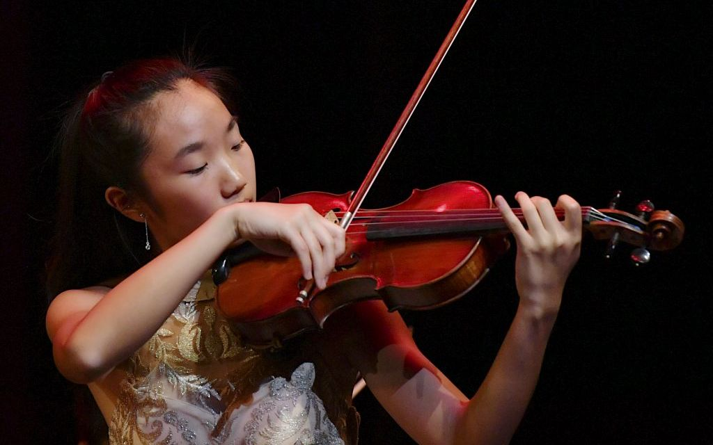 TAKE A BOW | Young musicians prepare for the newly expanded Henry Schwab Violin and Viola Competition