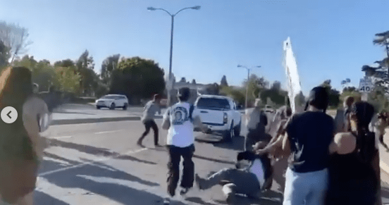 """""""NO CHARGES""""