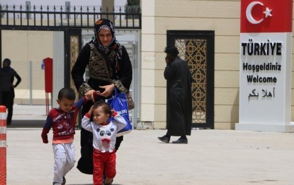 احصاء: السلطات التركية رحلت 6160 لاجئا سوريا خلال شهر تموز