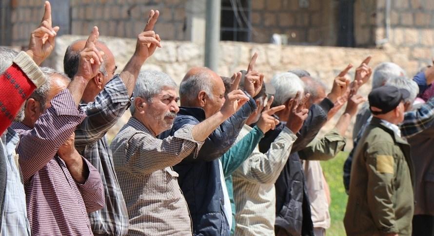 تظاهرات شعبية تطالب تركيا بسحب قواتها من سوريا