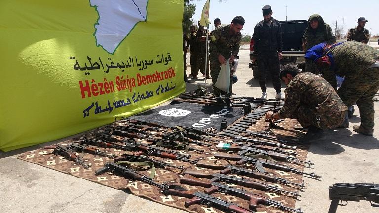 اعتقال 51 عنصر من تنظيم الدولة الإسلامية في منطقتي ديرالزور والحسكة