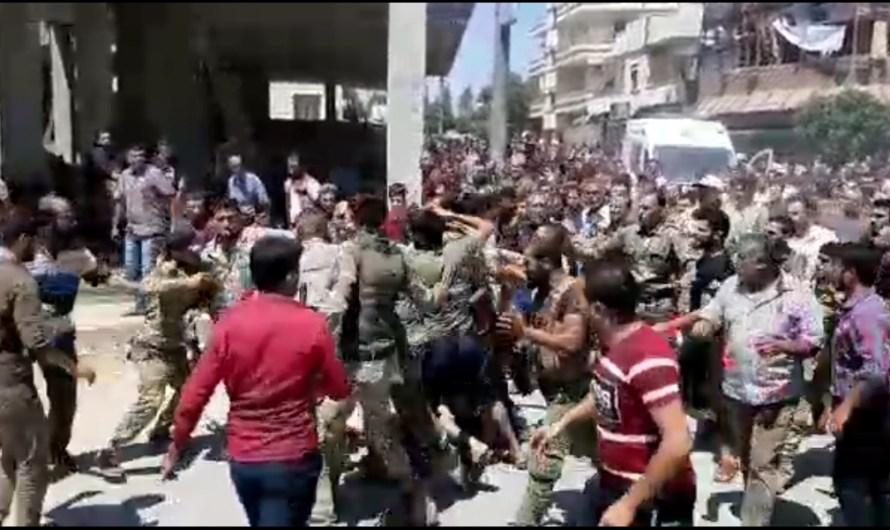 مسلحون تدعمهم تركيا يعتدون على مدني في مدينة اعزاز حتى الموت