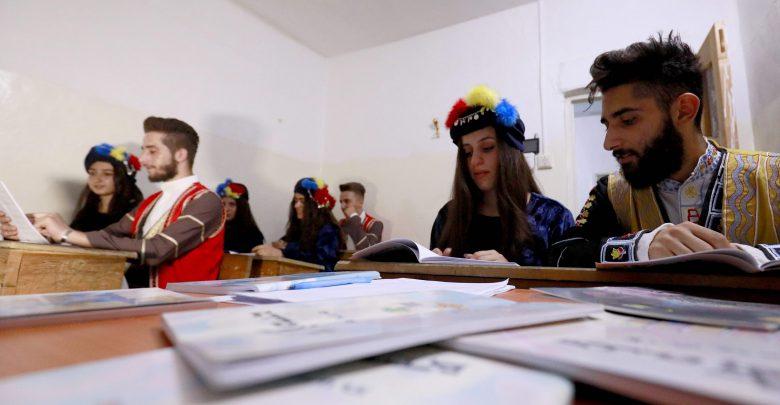 مليون طالب وطالبة في منطقة الإدارة الذاتية وأطفال إدلب يواجهون خطر الحرمان من الدراسة