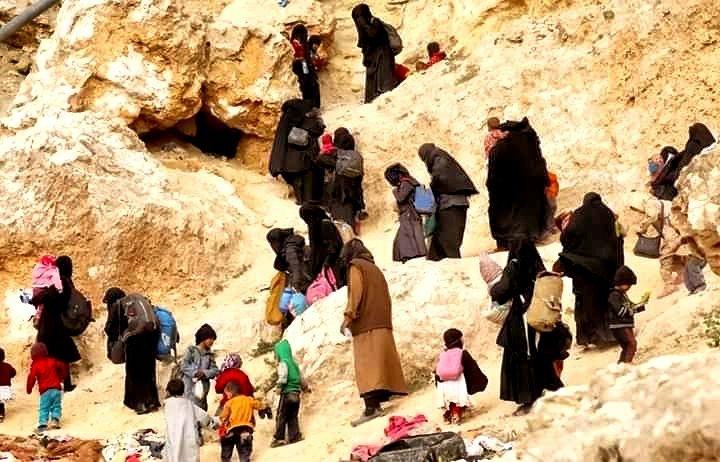 """بعد أن رفضت استقبالهم…بريطانيا تخطط لاستعادة 30 من أطفال داعش في مخيم """"الهول"""""""