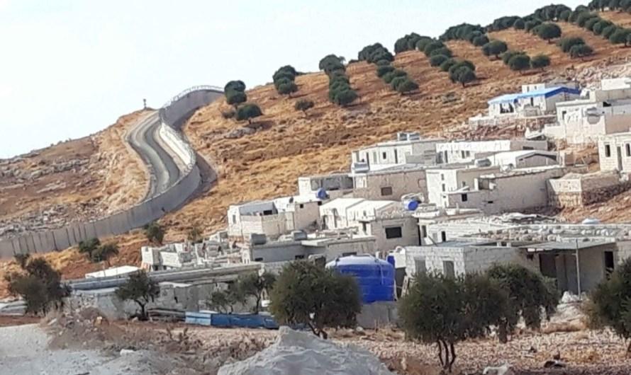 رصاص الجندرمه التركية يلاحق النازحين في الخيم داخل الأراضي السورية