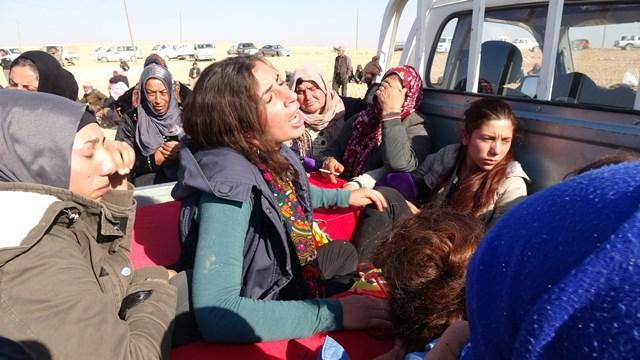 طائرة تركية تستهدف عائلة سورية نازحة وتقتل وتصيب 5 من أفرادها بينهم شقيقتان