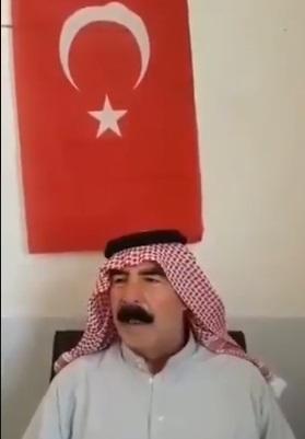 بعد أسبوع من اختطافه … الشيخ إبراهيم العيسى يظهر بفيديو وخلفه العلم التركي وهو يشكر مختطفيه