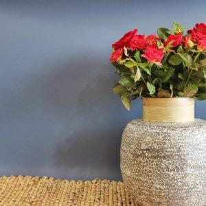 V decor bamboo vase