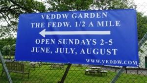 Direction Banner to Veddw Copyright Anne Wareham