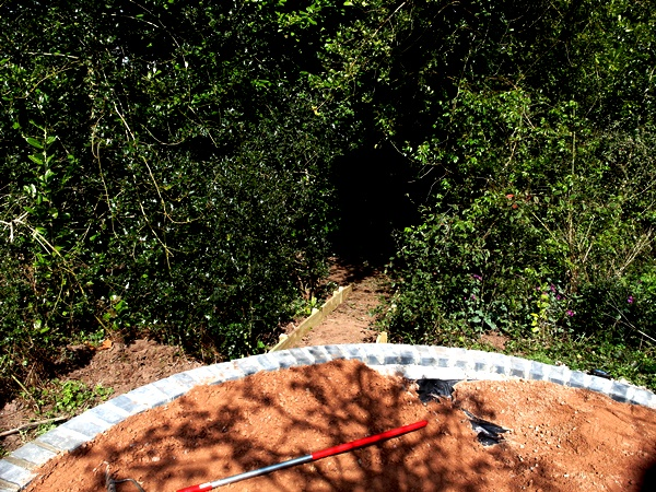 Semi Circle at Veddw Copyright Anne Wareham SAM_9983
