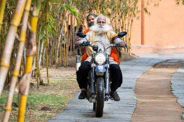 Sadhguru on Bike with Baba Ramdev