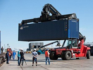 Преимущества контейнерных перевозок из Китая