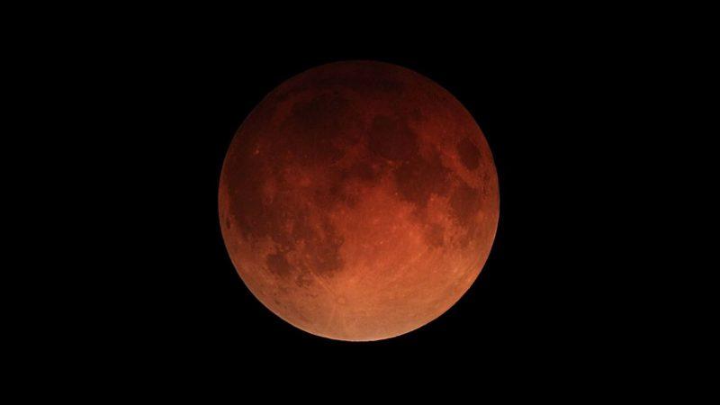 Картинки по запросу лунное затмение июль 2018