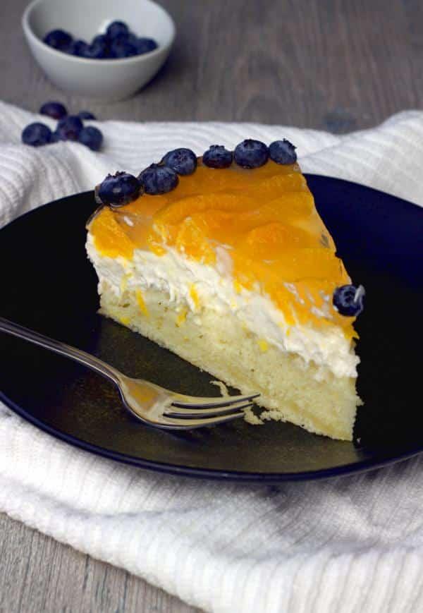 Vegan unbaked cheesecake with mandarin oranges