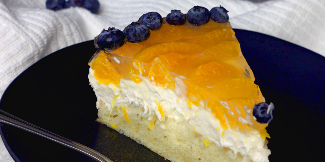 [:de]Vegane Mandarinen Quark Sahne Torte[:en]Vegan half raw cheesecake with mandarin orange[:]