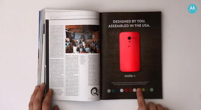 Anuncio impreso interactivo de Motorola y Wired Magazine que cambia el color del teléfono inteligente en la página