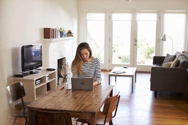 Trabajos comunes desde el hogar y las 10 mejores empresas que los ofrecen – Veeme Media Marketing