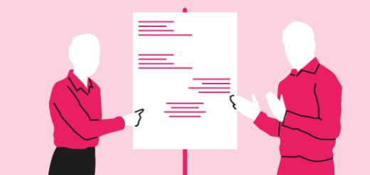 Dos presentadores con trajes rosados que usan un tablero de dibujo para cuestionar suposiciones