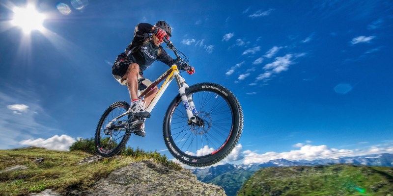Top 4 Mountain Biking Virtual Reality Videos: To Live Young and Free