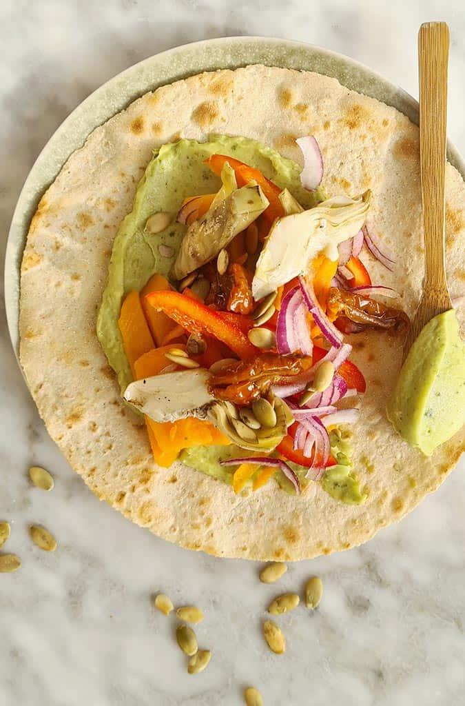 Glutenvrije wrap met avocado