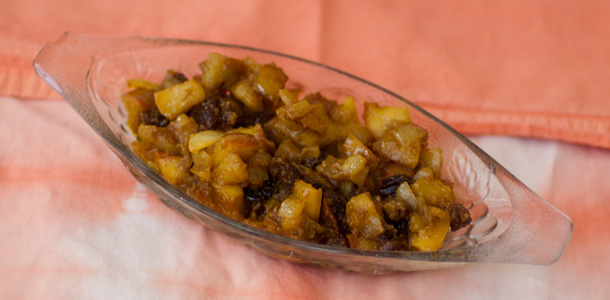 Onion and Apple Chutney