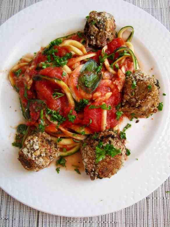Spicy Bean Balls with Zucchini Spaghetti recipe - a healthy crowd pleaser! [gluten free, vegan, soy & nut free] | veganchickpea.com