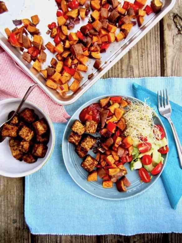 Smoky Tempeh & Roasted Sweet Potato Hash Recipe - a perfect vegan & gluten free combination for brunch, lunch or dinner! Simple. Satisfying. High Protein. {nut free, refined sugar free}   veganchickpea.com
