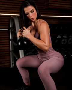 Sissy Mua squat