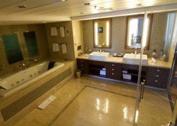 celebrity eclipse penthouse suite bathroom
