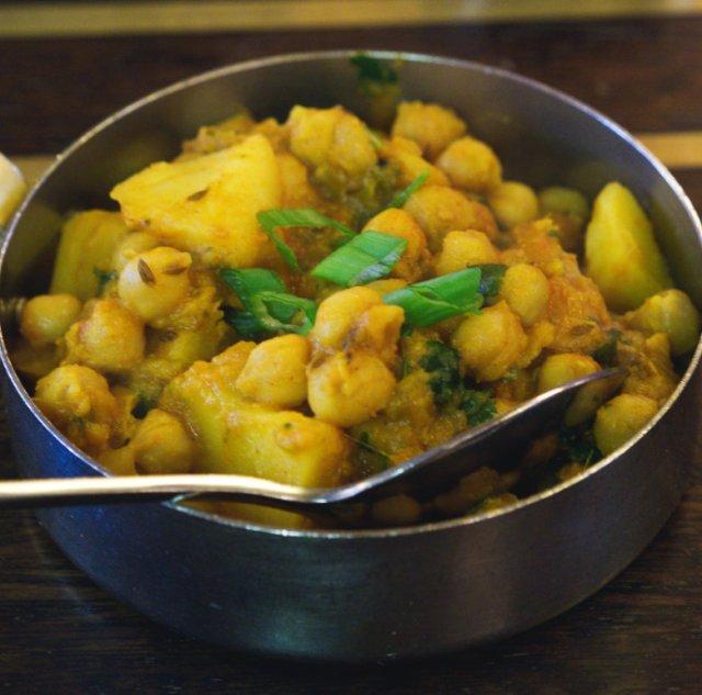Vegan chana aloo at Mother India, Edinburgh