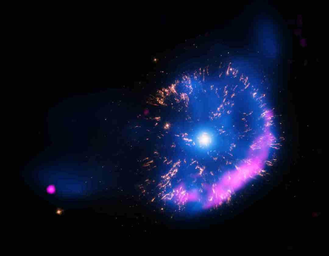 Nova - Explosion in Space