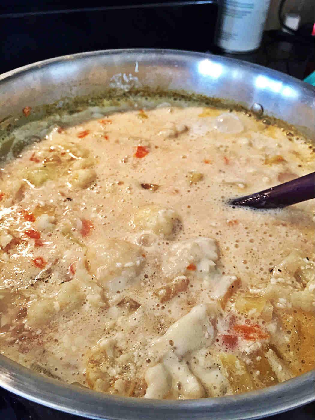 Cauliflower Chowder Soup with tofu cream