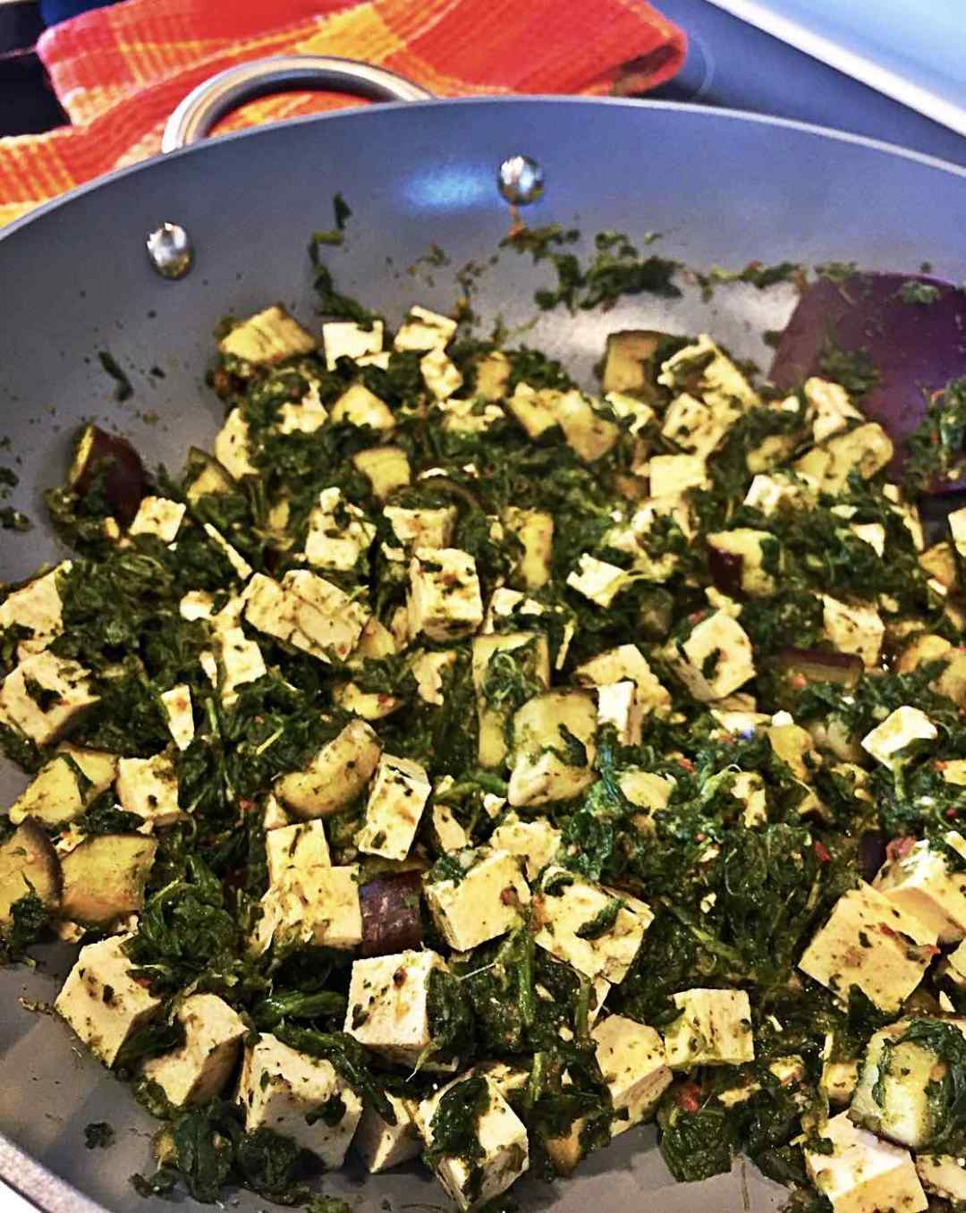 Image of Vegan Indian Palak Paneer with Spinach, Eggplant and Tofu in Wok