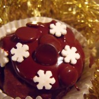 wintry chocolatey fairy cakes - gluten free