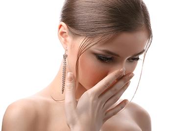 口 の 臭い を 消す 方法  口臭 の 原因 対策