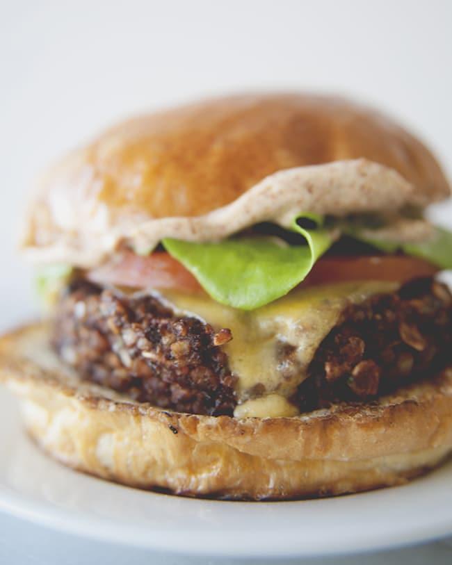 chipotle vegan burger recipe