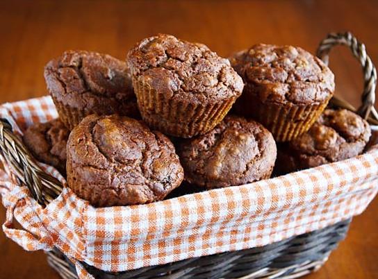 vegan pumpkin-walnut-muffins