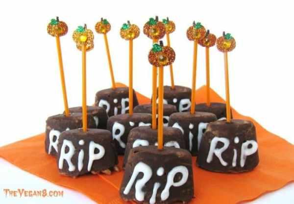 Halloween Rusty Tombstone Treats