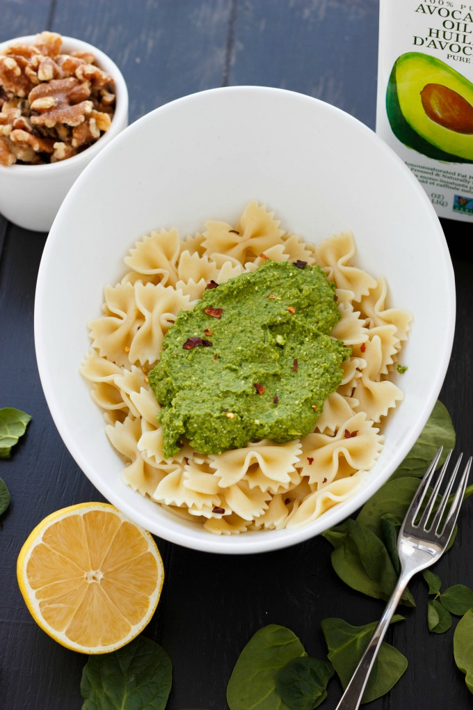 Spinach Sauce with Chickpeas and Walnuts