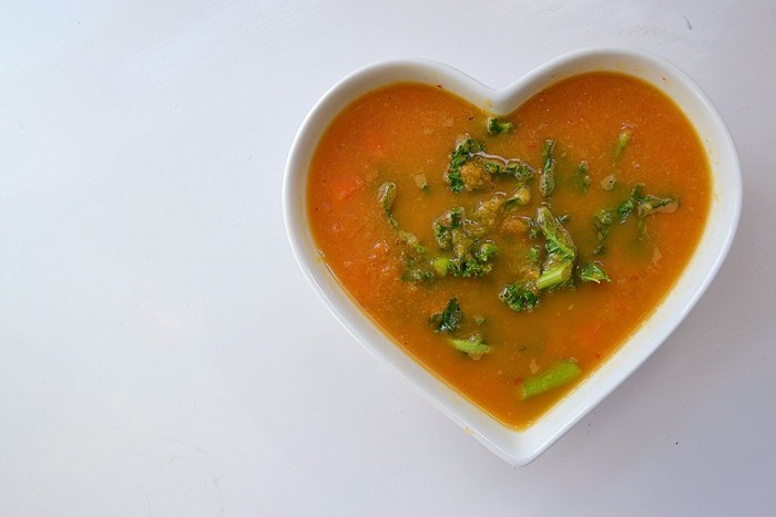 Chunky Carrot, Ginger & Kale Soup