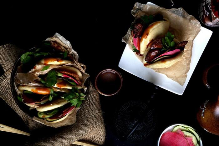 Vegan Pork Buns with Oyster Mushroom Bacon
