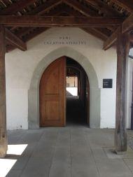 altes Gemäuer, Türen & Schläge