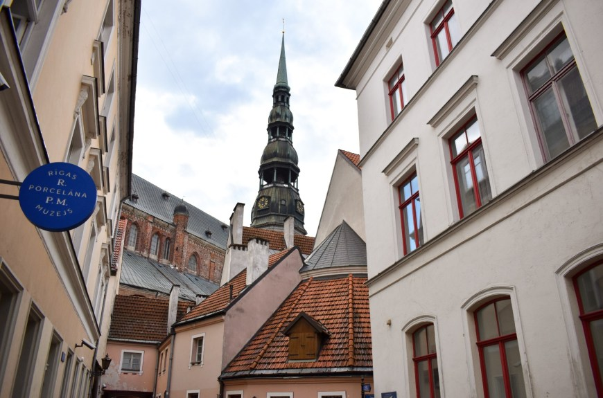inner courtyard in old town riga