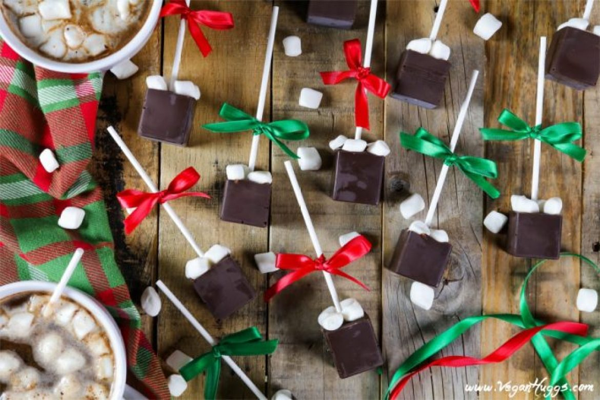 Who wouldn't love a cozy cup of chocolatey goodness topped with sweet pillowy marshmallows? This Hot Chocolate on a Stick is the perfect gift for just about anyone on your list.